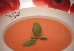 Geeiste Tomaten-Suppe